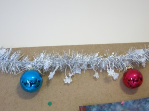 Some decorations on my pinboard.